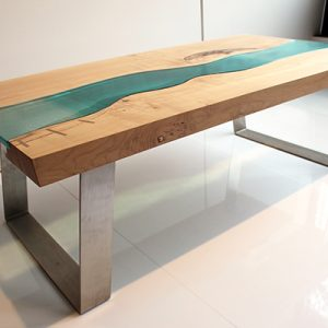 Maple River Table